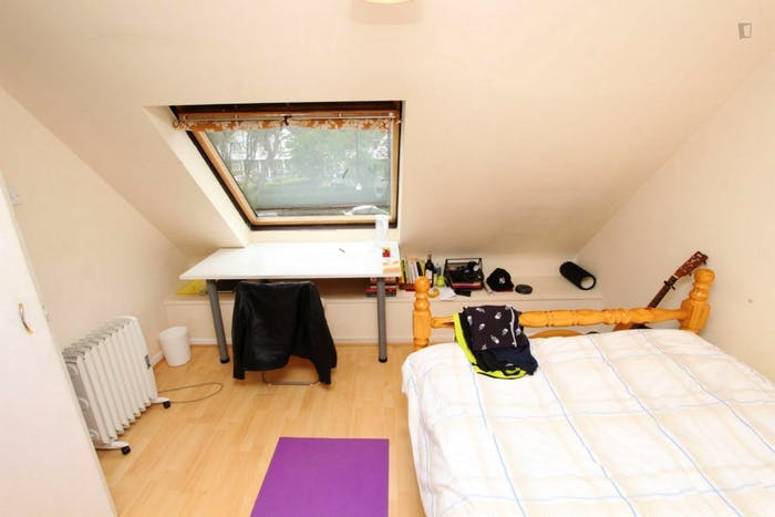 Very nice double bedroom in a 4-bedroom house, in Isle of Dogs  - Gallery -  2