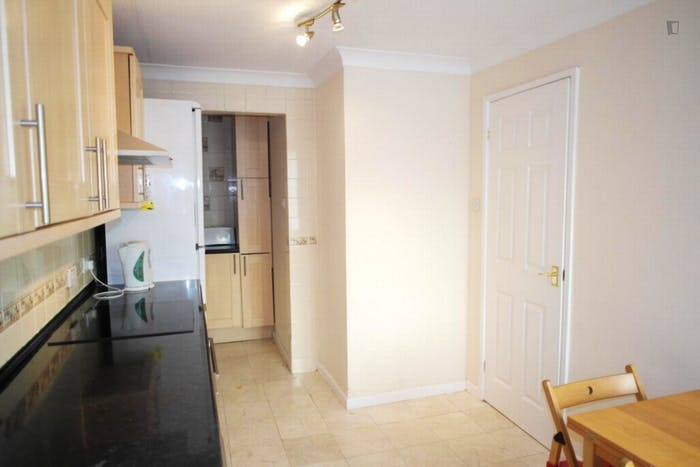 Very nice double bedroom in a 4-bedroom house, in Isle of Dogs  - Gallery -  8