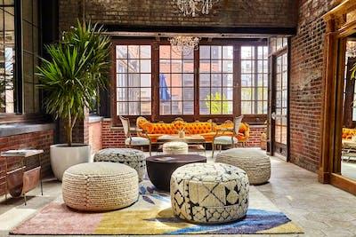 Luxury Stunning Complex w/ Coworking