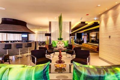 Modern Luxury Complex w/ Coworking + Garden + Jacuzzi