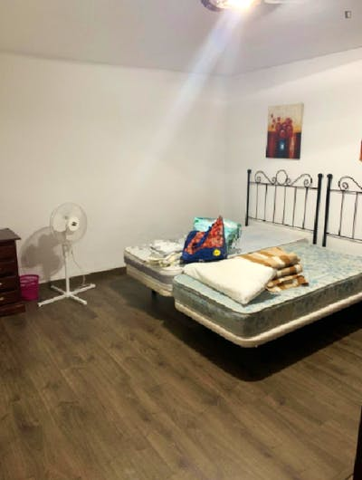 Cool single bedroom near Parque de Koutinossa