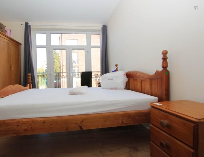 Very nice double bedroom near the Shoreditch High Street train station  - Gallery -  1