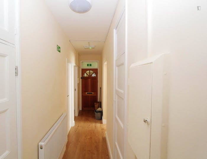 Very nice double bedroom near the Shoreditch High Street train station  - Gallery -  9