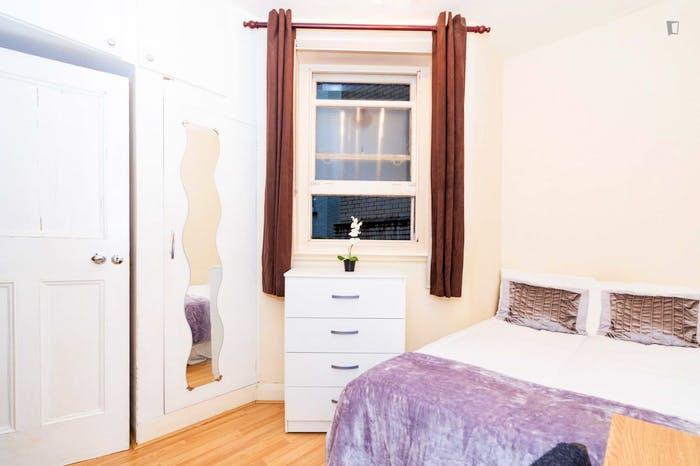 Very nice double bedroom near the Baker Street tube station  - Gallery -  5
