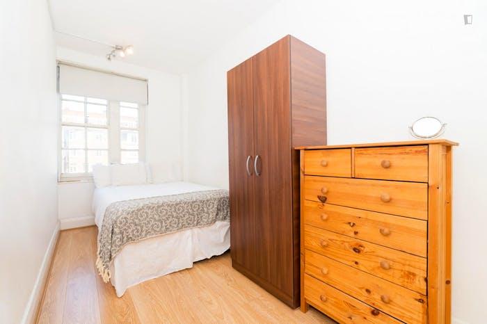 Very neat double bedroom in Marylebone  - Gallery -  1