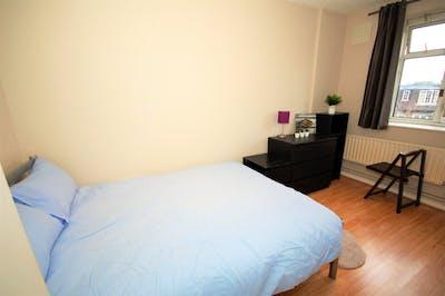 Super nice double bedroom in Maida Vale  - Gallery -  3