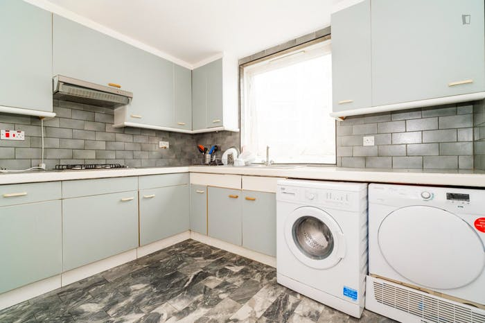Welcoming double bedroom near the Marylebone train station  - Gallery -  4