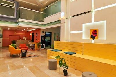 Elegant Vibrant Complex w/ Terrace + Gym + Coworking