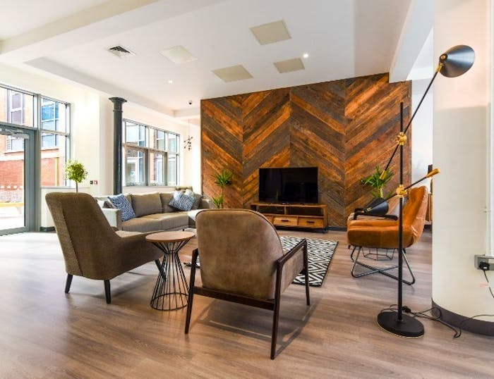 Swanston House Roost  - Gallery -  4