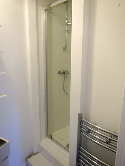 Twin bedroom close to Clarefield Park  - Gallery -  1