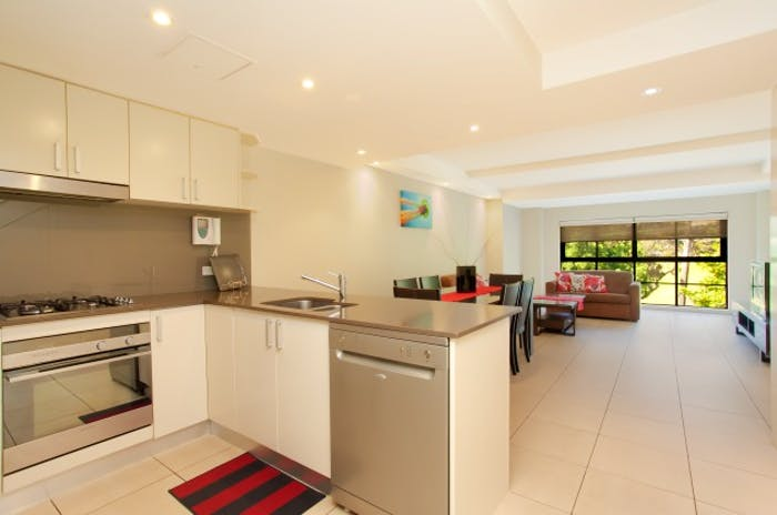 Wentworth Park Road  - Gallery -  4