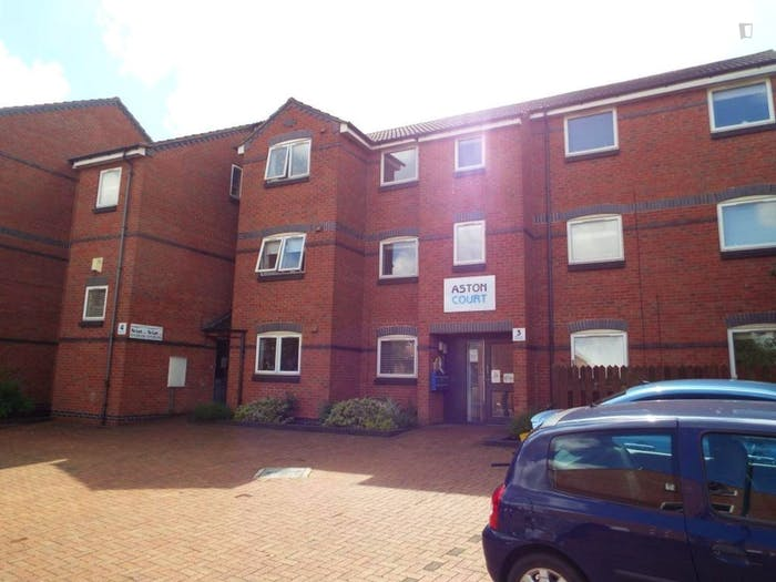 Wide double bedroom in apartment near Nottingham University  - Gallery -  8