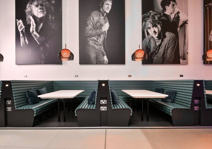 iQ Hammersmith  - Gallery -  8