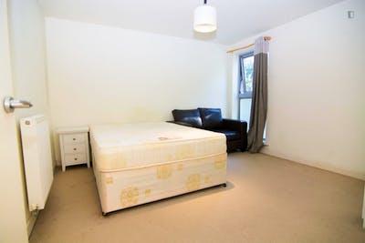 Very nice single bedroom in Poplar  - Gallery -  1