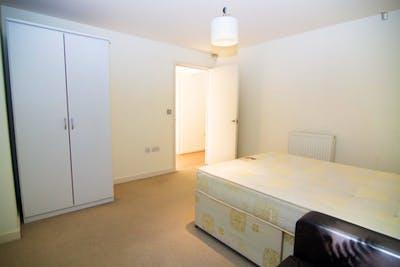 Very nice single bedroom in Poplar  - Gallery -  3