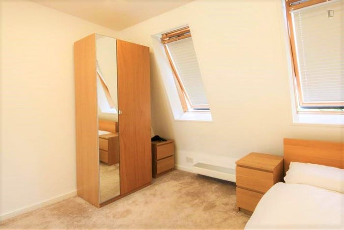 Very nice double ensuite bedroom in Notting Hill  - Gallery -  1