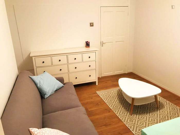 Very homely double bedroom in Clerkenwell  - Gallery -  2