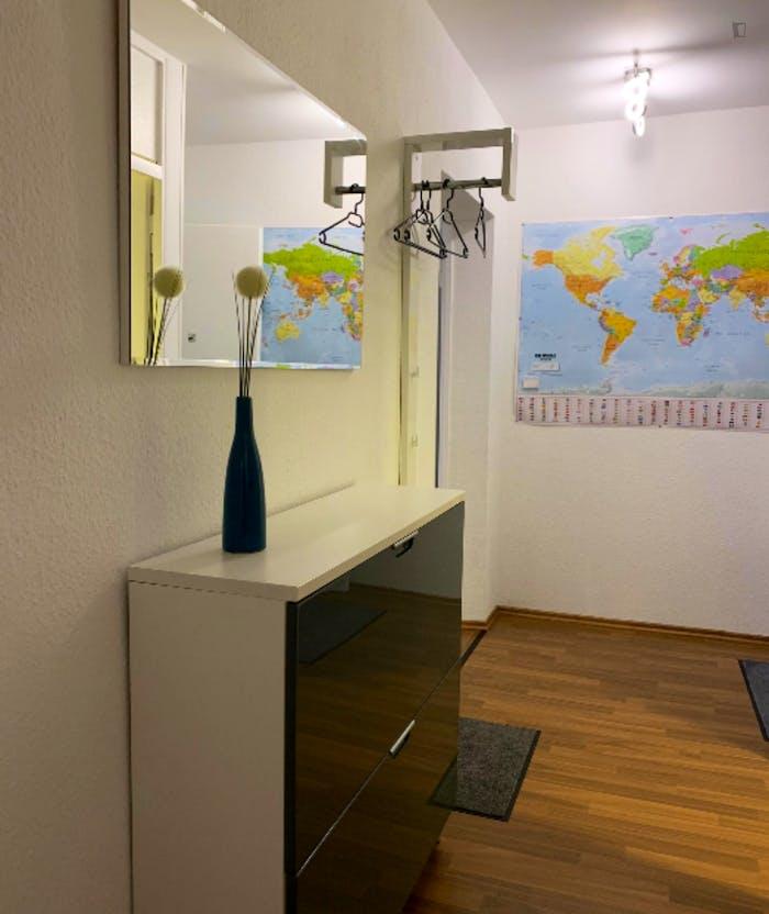Wonderful 2-bedroom apartment in Nuremberg, 600 meters from Bauernfeindstr. U1 metro station  - Gallery -  6