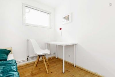 Welcoming single bedroom in Spandau  - Gallery -  3