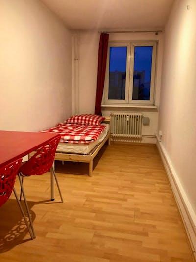 Sublime single bedroom in a student flat, in Tiergarten  - Gallery -  2