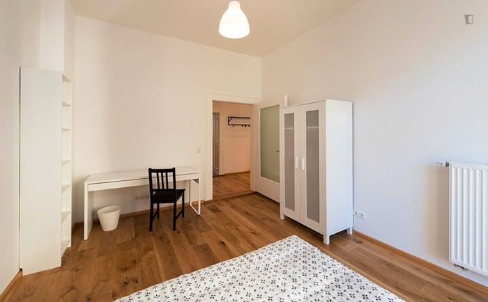 Welcoming single bedroom in Au-Haidhausen  - Gallery -  2
