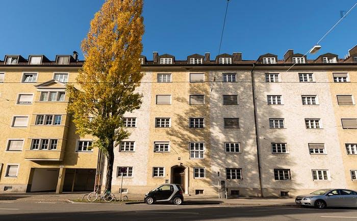 Very bright single bedroom in a 3-bedroom flat, in Schwabing  - Gallery -  7