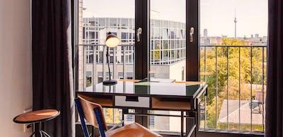 Top-floor studio for short stay in modern residence  - Gallery -  3