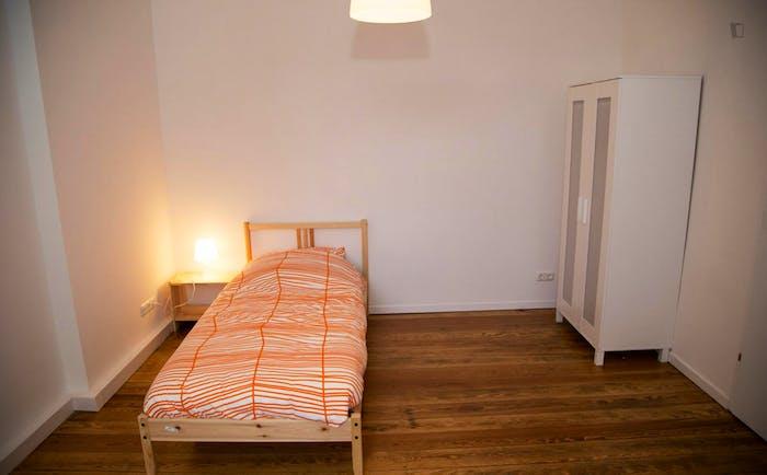 Very nice single bedroom near the Diebsteich train station  - Gallery -  1