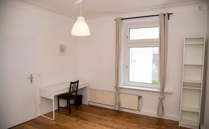 Very nice single bedroom near the Diebsteich train station  - Gallery -  3