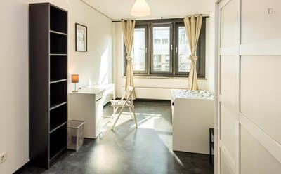 Great single bedroom in a 2-bedroom apartment