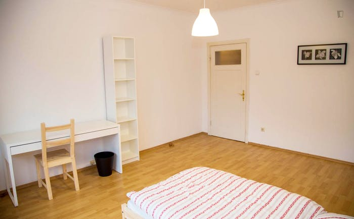 Welcoming single bedroom near the University of Fine Arts of Hamburg  - Gallery -  3