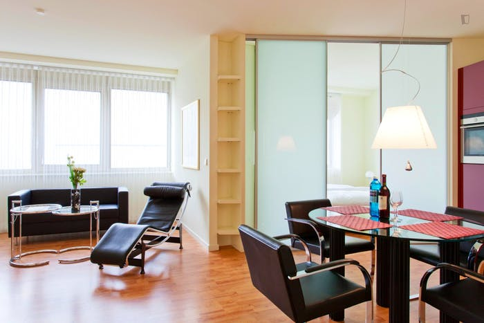 Very appealing 1-bedroom flat in a residence, in Charlottenburg  - Gallery -  4