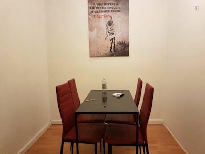 Welcoming single bedroom in trendy Mitte  - Gallery -  2