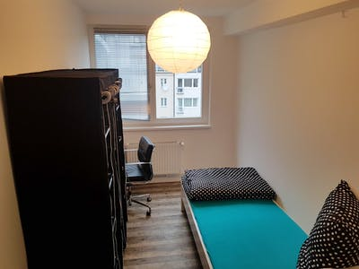Suitable single bedroom close to opera house  - Gallery -  3